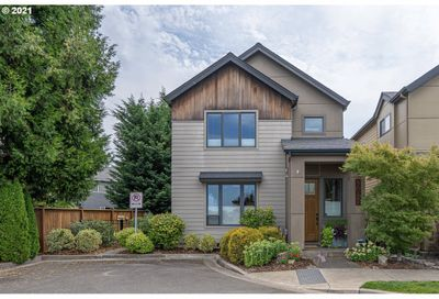 3087 LORD BYRON PL Eugene OR 97408
