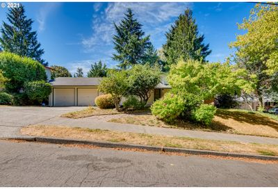 6819 SW 32ND AVE Portland OR 97219