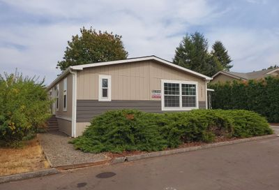 18232 S TREETOP DR 138 Oregon City OR 97045