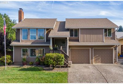 12601 SE MAJESTIC LN Happy Valley OR 97086