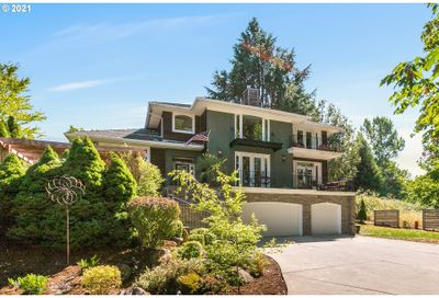 3112 SW COLLINS CT Portland OR 97219