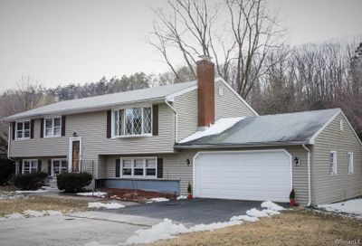 28 Sheffield Road North Haven CT 06473