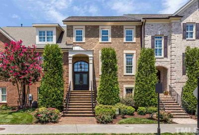 7626 McCrimmon Parkway Cary NC 27519