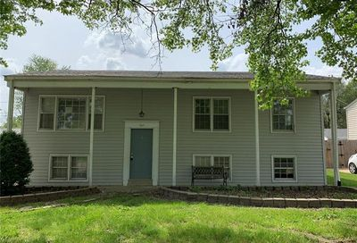 8 Preakness Drive St Peters MO 63376