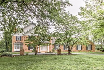 30 Crown Manor Drive Chesterfield MO 63005