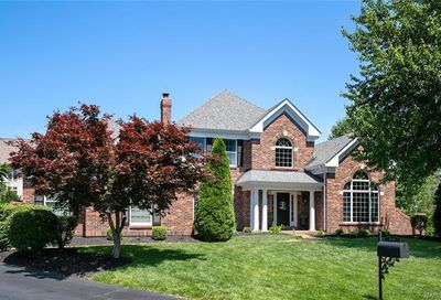 2215 Stonegate Manor Court Chesterfield MO 63017