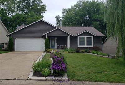 1113 Claycrest Drive St Charles MO 63304