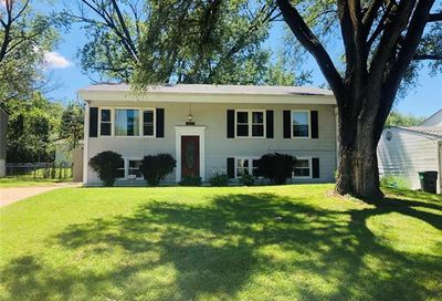 37 Jamaica Drive St Peters MO 63376