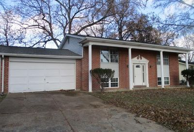 12643 Redcoat Drive Maryland Heights MO 63043