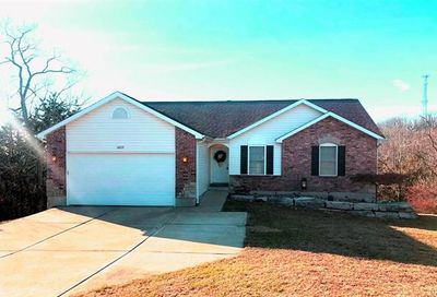 5623 Hill View Pacific MO 63069