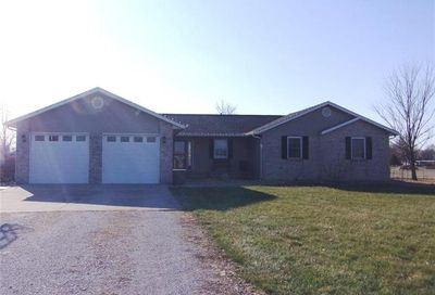 12912 Andrew Drive Highland IL 62249