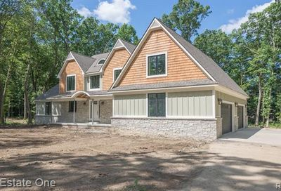 471 Montclair Court Milford Twp MI 48381