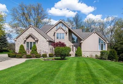 2502 Waterfront Drive Brighton Twp MI 48114