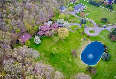 3940 Rivendell Court Milford Twp MI 48380