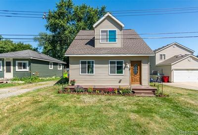 4884 Lakeview Avenue West Bloomfield Twp MI 48324