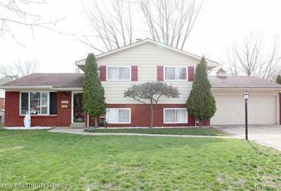 8880 Ardel Drive Sterling Heights MI 48314