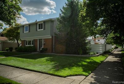 9685 Russell Avenue Plymouth Twp MI 48170