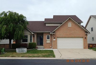 13922 Perry Riverview MI 48193