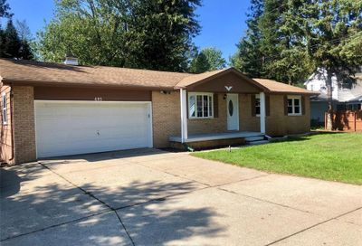 493 Chicago Drive Howell MI 48843