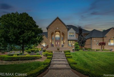 13055 Mystic Forest Drive Plymouth Twp MI 48170