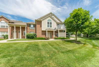 26211 Chesapeake Circle Commerce Twp MI 48390