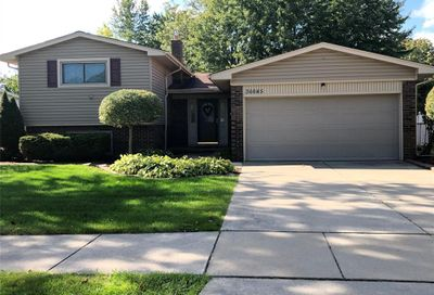 36645 Waltham Drive Sterling Heights MI 48310