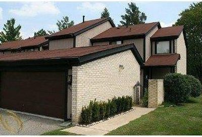 5177 Rock Run West Bloomfield Twp MI 48322