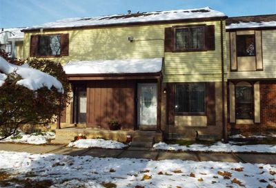 8309 Hickory Drive Sterling Heights MI 48312