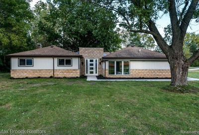 5481 Doherty Street West Bloomfield Twp MI 48323