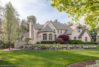5498 Hidden Pines Drive Genoa Twp MI 48116