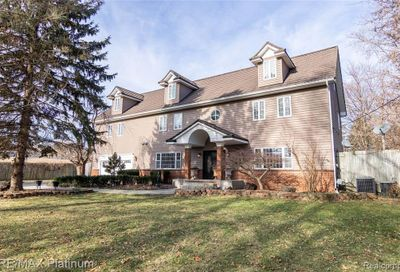 3165 Cooley Lake Road Highland Twp MI 48356
