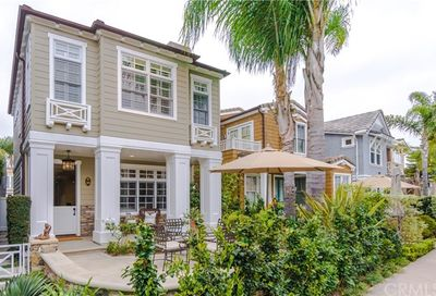 202 Via Cordova Newport Beach CA 92663