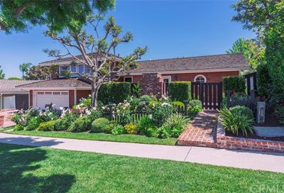 712 Bison Avenue Newport Beach CA 92660