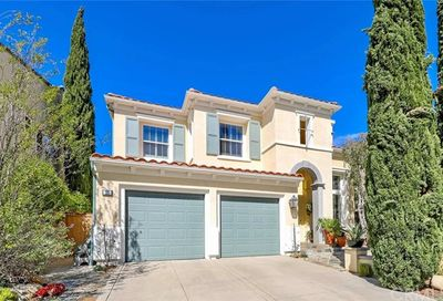 39 Whitehall Newport Beach CA 92660