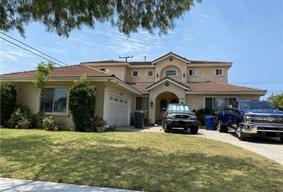 4241 Clubhouse Drive Lakewood CA 90712