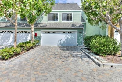 6091 Loynes Drive Long Beach CA 90803