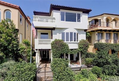 449 26th Street Manhattan Beach CA 90266