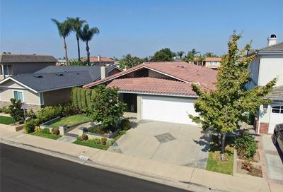 4725 Candleberry Avenue Seal Beach CA 90740