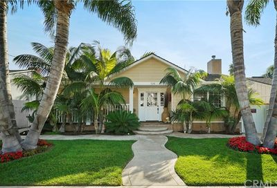526 Westminster Avenue Newport Beach CA 92663