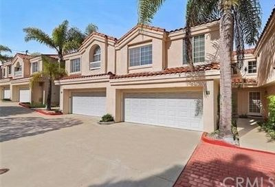 2164 Canyon Drive Costa Mesa CA 92627