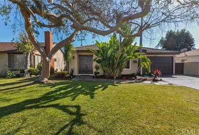 12932 Glynn Avenue Downey CA 90242