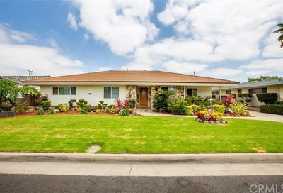 7705 4th Place Downey CA 90241