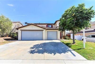 27897 Via De La Real Moreno Valley CA 92555