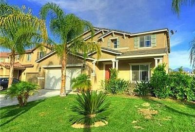 1960 Castlegate Lane Redlands CA 92374