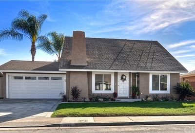 9892 Frederick Circle Huntington Beach CA 92646