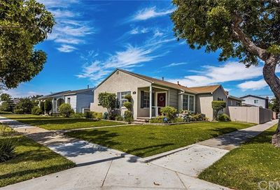 3289 Chestnut Avenue Long Beach CA 90806