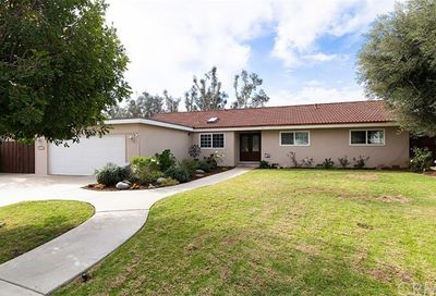 13701 Wheeler Place North Tustin CA 92780