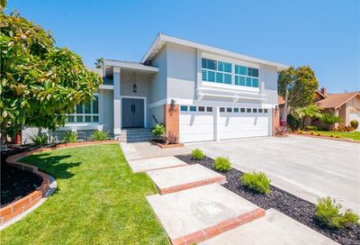 20252 Running Springs Lane Huntington Beach CA 92646