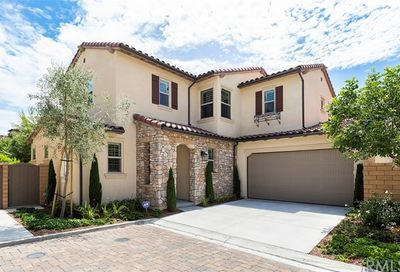 32 Lilac Lake Forest CA 92630