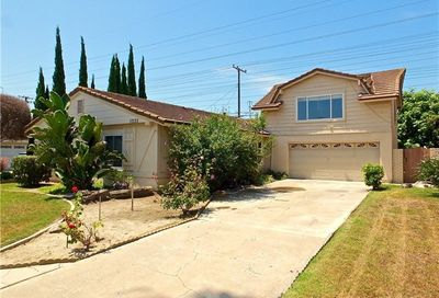 17133 Santa Lucia Street Fountain Valley CA 92708